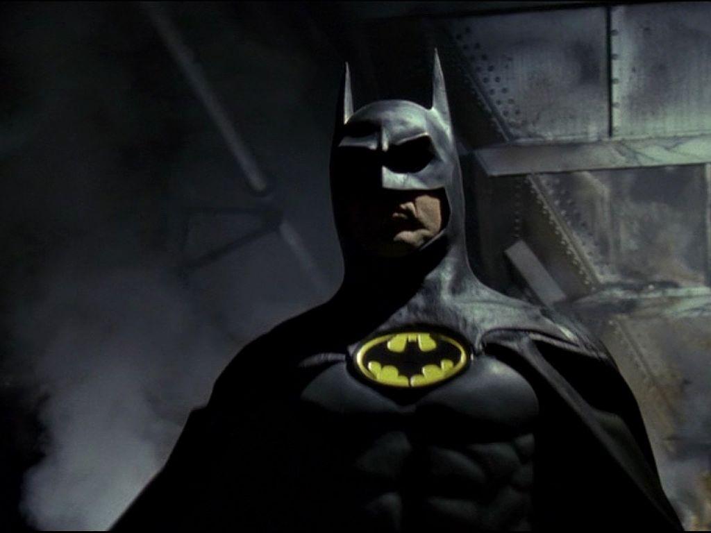Batman In The Shadows Wallpaper 1024x768