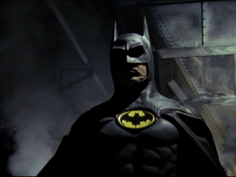 Batman In The Shadows Wallpaper 800x600