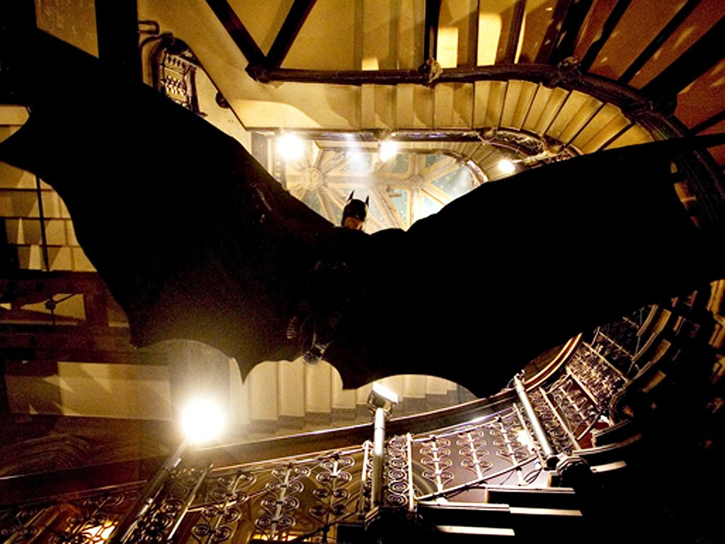 Batman Jumps With Cape Spread Wallpaper 1024x768