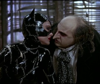 Catwoman Penguin Almost Kiss Wallpaper