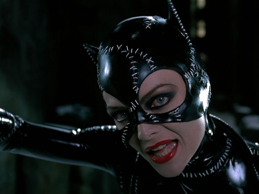 Michelle Pfiefer As Catwoman Wallpaper 1024x768