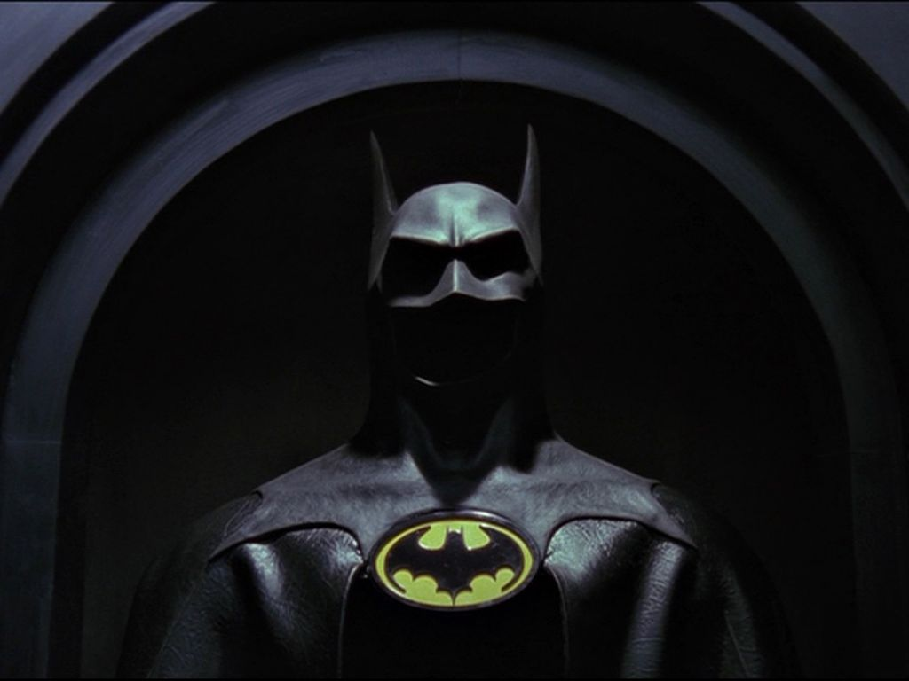 The Batman Suit Wallpaper 1024x768