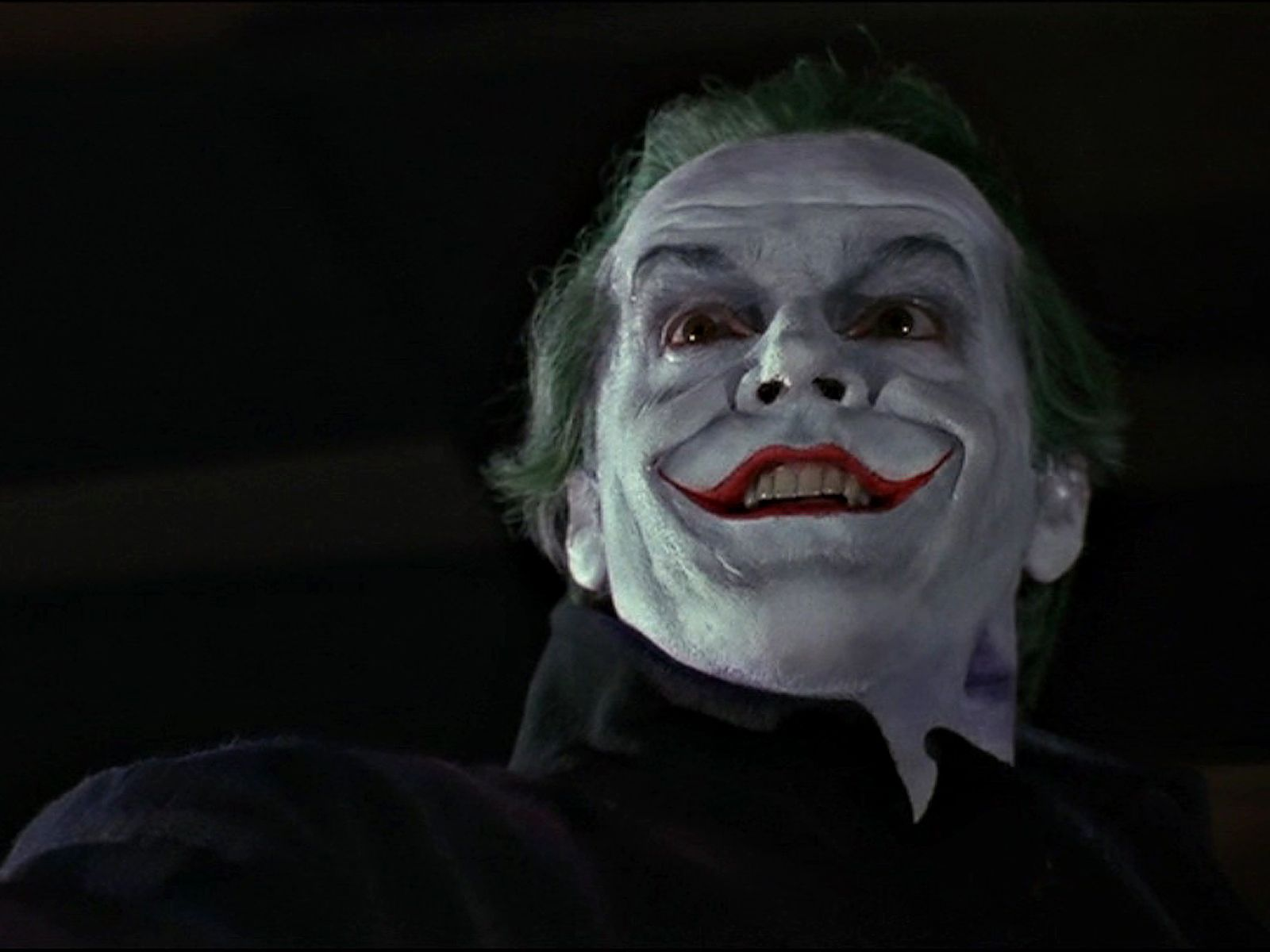 The Joker Smiling Portrait Wallpaper 1600x1200